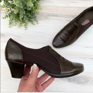 Munro Slip on Heeled Ankle Booties